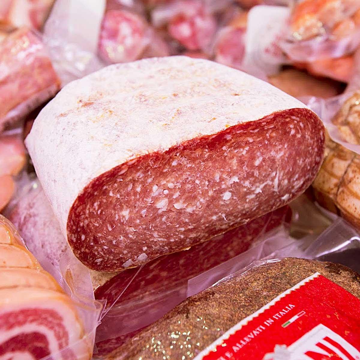 Leone Carni, Gastronomia